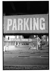 parking (jollyville) Tags: blackandwhite 35mm leica leicam2 voigtlander colorskopar35mmf25 35mmf25 fp4 ilfordfp4 rodinal seattle