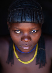 Portrait of a Muhacaona tribe young woman, Cunene Province, Oncocua, Angola (Eric Lafforgue) Tags: adult africa africantribe angola angolan colourimage cultures cuneneprovince day developingcountries ethnicgroup hair hairstyle headshot humanbeing indigenousculture lifestyles lookingatcamera mucawana muhacaona muhakaona oncocua oneperson onewomanonly oshiwawbo photography portrait ruralscene tribal tribe vertical ang0k6g9951