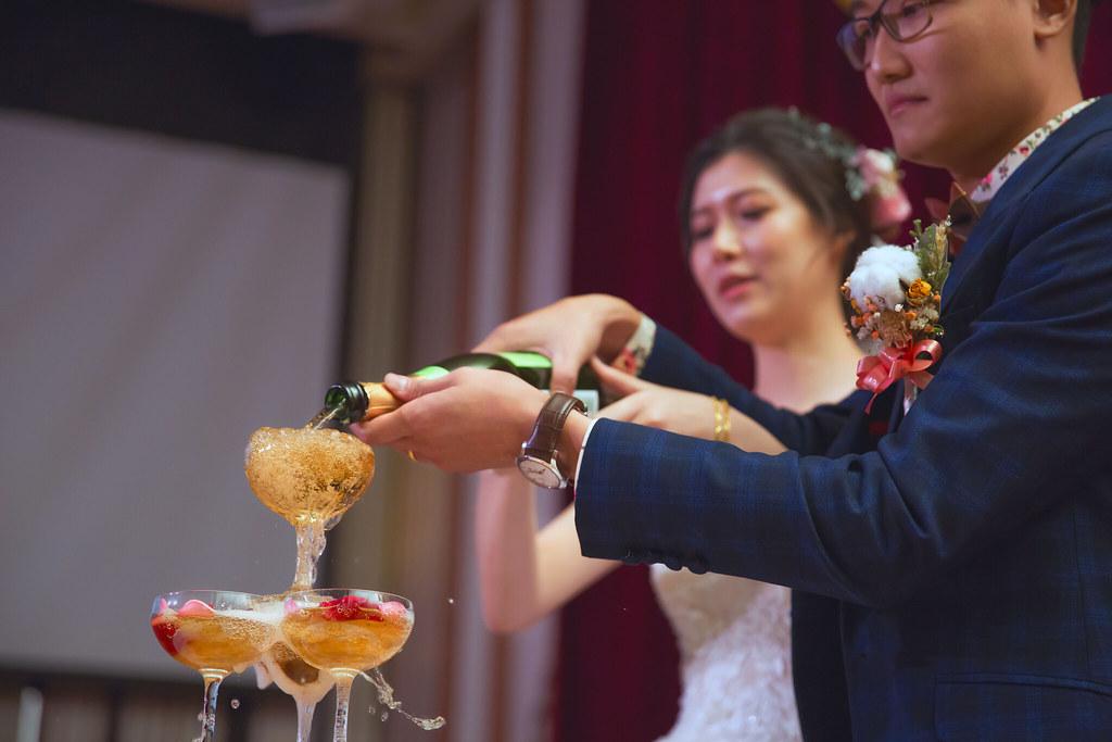 攝影師花輪Alun,台中婚攝,葳格國際會議中心,婚禮紀錄紀實,東經伍貳零婚禮事務所