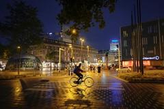 Rain (thijs.coppus) Tags: bijenkorf auto car fiets bike tree boom avond nacht night straat light licht lichten lights street noordbrabant brabant lichstad regen rain eindhoven