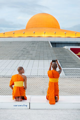 Tradition and modernity (SLpixeLS) Tags: thailand temple wat dhammakaya buddhism buddhist thai mininalism zen pure dusk monk photographing วัดพระธรรมกาย
