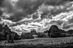 Trying to break out (Paul Wrights Reserved) Tags: clouds cloudscape cloud sky skyscape landscape landscapephotography landscapes skyscapes sundaysliders sliderssunday