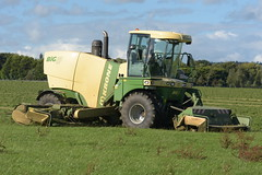 Krone Big M 420 Self Propelled Mower Conditioner (Shane Casey CK25) Tags: krone big m 420 self propelled mower conditioner rathcormac silage silage18 silage2018 grass grass18 grass2018 winter feed fodder county cork ireland irish farm farmer farming agri agriculture contractor field ground soil earth cows cattle work working horse power horsepower hp pull pulling cut cutting crop lifting machine machinery nikon d7200