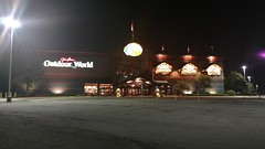 Cincinnati Mills 2018 - 37 (Doomie Grunt) Tags: dead mall shopping cincinnati mills superdead depressing empty vacant bass pro shops night
