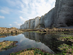P9060247 (ernsttromp) Tags: france olympus omd em10 918mmf456 m43 microfourthirds mirrorless normandy coastline reflection water longexposure 4x3 2018 nd30 nd1000 bigstopper coast landscape seascape sea rock mft neutraldensityfilter cliff inexplore limestone