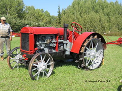 1928 McCormick-Deering 15-30 Farm Tractor (Gerald (Wayne) Prout) Tags: 1928mccormickdeering1530farmtractor 1928 mccormickdeering 1530 farm tractor elmershideout taylortownship blackrivermatheson northeasternontario northernontario ontario canada prout geraldwayneprout canon canonpowershotsx60hs digital camera photographed photography display vehicle farming machine machinery agricultural equipment mechanical antique historical old elmercook mccormick deering taylor township blackriver matheson northeastern northern hideout