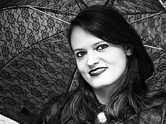 27. WGT Gotik Treffen Leipzig 2018 (ingrid eulenfan) Tags: wavegotiktreffen 2018 leipzig le wgt wave wgt2018 gothicfestival gothic gotik gotic gotica gotiche gotisches gothicanhänger schwarzeszene szene goths sonyilca77m2 accessoires festival portrait clarazetkinpark viktorianischespicknick frau woman schw blackandwhite