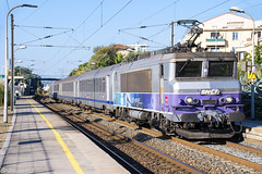 BB22309 - Train 17471 Marseille-St-Charles>Nice-Ville (Alan Jfr) Tags: bb22309 train 17471 marseillestcharles niceville bb22200 ev en voyage stlaurentduvar ter paca corail