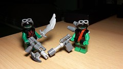 Broot & Crood (Śląski Hutas) Tags: lego mocs bricks minifigs scifi futuristic orks orcs brutal green wins