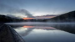 Ladybower at dawn (Keartona) Tags: ladybower reservoir peakdistrict morning dawn england mist water reflection hills ashopton derbyshire autumn sky symmetry october