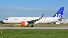 SE-ROE (AnDyMHoLdEn) Tags: sas scandinavian a320 neo staralliance egcc airport manchester manchesterairport 23l