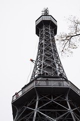 Lookout Tower, Petrin Hill, Prague (romanboed) Tags: leica m 240 summilux 50 czech europe cesko czechia prague praha prag praag praga city fall autumn travel tourism 布拉格 прага プラハ براغ 프라하 hill tower observatory rozhledna mountainclimber club turistu petrin klub