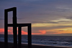 DSC_9597 (marcnico27) Tags: marcnico27 2018 zandvoort orange outdoor sky lovelyclouds sunset noordzee strand beach shore