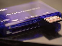 HAMA USB 2.0 CARD READER (FRANCO600D) Tags: perfectmatch hmm macromondays hamausb20card acessorio usb card adapter adattatore lettore utility canon 6dmarkii canon6dmarkii franco600d