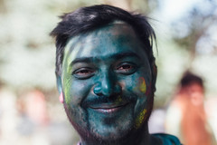 Blue-Faced Man, Holi in Mathura India (AdamCohn) Tags: adamcohn india mathura uttarpradesh face gulal holi man portrait wwwadamcohncom mahabankhadar