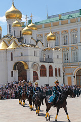 Military Parade (peterkelly) Tags: digital canon 6d gadventures transmongolianadventure asia russianfederation russia europe thekremlin cathedralsquare moscow churchoftheannunciation changingoftheguard gold dome cathedral military army soldiers horse rider riding marching hat