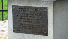 Rocky Statue, Philadelphia (SomePhotosTakenByMe) Tags: rocky statue sculpture skulptur kunst art sylvesterstallone stallone movie film plaque schild sign vacation usa america amerika unitedstates pennsylvania philadelphia stadt city downtown innenstadt centercity outdoor rockybalboa balboa