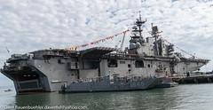 Piers 30-32 Fleetweek 10-2018 (daver6sf@yahoo.com) Tags: fleetweek2018 portofsanfrancisco p3032piers3032 ussbonhommerichardlhd6 navyship
