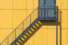Blue stairway and yellow wall (Jan van der Wolf) Tags: map185262v blue blauw yellow geel staircase stairway stairs trap lines lijnen lijnenspel interplayoflines playoflines shadow shadowplay shadows wall muur facade gevel