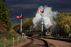 Passing the semaphores (ralph.ward15) Tags: swithland train steam gcr 34092 darksky