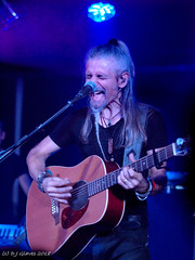 Dominique Leonetti (ExeDave) Tags: pa065448 dominiqueleonetti vocalist guitarist lazuli summersend progressive rock festival 2018 the drillhall chepstow monmouthshire wales gb uk live gig concert french classic prog heavy music band group october casgwent