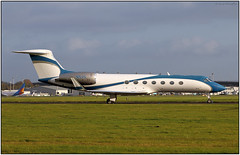 IMG_5655FL11 (Gerry McL) Tags: gulfstream v 5 n5vs embequipmentllc bizjet aircraft airliner jet airplane glasgow scotland corporate gla egpf