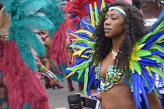 DSC_8446 Notting Hill Caribbean Carnival London Exotic Colourful Blue Green and Yellow Costume with Ostrich Feather Headdress Girls Dancing Showgirl Performers Aug 27 2018 Stunning Ladies (photographer695) Tags: notting hill caribbean carnival london exotic colourful costume girls dancing showgirl performers aug 27 2018 stunning ladies blue green yellow with ostrich feather headdress
