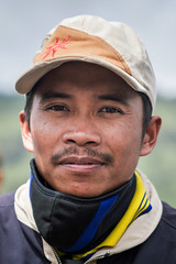 Portrait, Bromo, Indonesia (pas le matin) Tags: portrait man aisa travel asia asie voyage world candid street indonesia indonésie southeastasia cap casquette canon 7d canon7d canoneos7d eos7d bromo