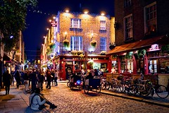 The lonely places that we take ourselves (Jim Nix / Nomadic Pursuits) Tags: jimnix nomadicpursuits photography travel dublin ireland europe nightimage templebar templebardistrict bar beer guinness tourism pub famous landmark luminar2018