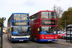 Tridents at Spalding (Chris Baines) Tags: stagecoach brylaine dennis trident alexander alx 400