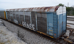 TTGX 160800 89-foot 4-inch flat car with GTW 88085 auto rack with RAVE doors on CSX parallel to NS Debutts Yard in Chattanooga 10-13-2017 (Patrick B. Harris III) Tags: railroad train railcar autorack gtw grandtrunkwestern csx ns debuttsyard chattanooga tennessee 2017 rollingstock