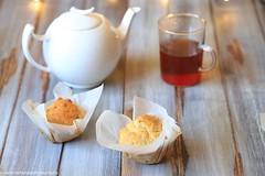Muffin con scamorza e nocciole (Giovanna-la cuoca eclettica) Tags: muffin formaggio healthy healthyfood vintage cup tè teacup tea food