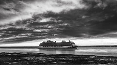 On the St-Lawrence (Agirard) Tags: royal princess «royal princess» stlawrence river fall sun light clouds quebec canada zeiss loxia 235mm 35mm sony a7ii blackwhite bw noirblanc nb monochrome