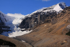 Dome Glacier From the Columbia Icefields Discovery Centre, Icefields Parkway, Alberta, Canada (Black Diamond Images) Tags: domeglacier columbiaicefield jaspernationalpark glacier icefieldsparkway alberta canada scenictours scenic 2012 mountains mountain ice banfftojasper landscape sky snow mountainside travelalberta albertatravel albertaholiday holidayalberta