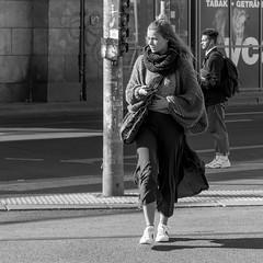 little rumble in the abdomen (every pixel counts) Tags: 2018 street berlin city eu people woman capital girl everypixelcounts blackandwhite square bolsa bag 11 bw smartphone mobiledevice bn wool cellularphone mobile móvil celular blackwhite fon berlinalive prenzlauerberg
