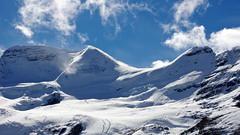 Blinding snow (Columbia Icefield, Canada) (armxesde) Tags: pentax ricoh k3 canada kanada jasper jaspernationalpark rockymountains alberta mountain berg schnee snow gletscher glacier columbiaeisfeld columbiaicefield wolke cloud eis ice