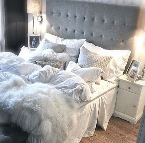 Furniture  - Bedrooms : Gray bedroom - beautiful and girly