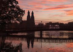 KlosterSunrise_7-5 (minipix.se) Tags: kloster church eskilstuna river eskilstunaån waterscape autumn fall