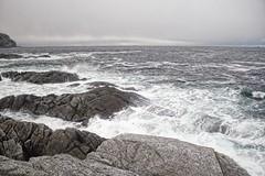 Kystskudd -|- Coastal shot (erlingsi) Tags: rundeisland runde fugleøya noreg norway coast waves bølger