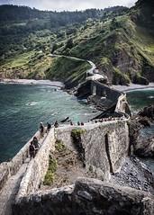 a 241 step stairway to heaven (*BegoñaCL) Tags: stair stone old euskadi sanjuandegaztelugatxe sea cantábrico summer people begoñacl bakio