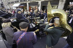 And the Band Palyed On (McTumshie) Tags: 20181103 lbvcr london londontobrightonveterancarrun londonist regentstreet regentstreetmotorshow car vehicle veteran
