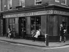 2018 08 31 - Vintage shop b (LesHutchinson) Tags: spitalfields london gunstreet vintage shop