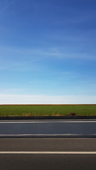A travers champs (Christian Chene Tahiti) Tags: paris champ verdure ciel mobile route bleu parallèle perpective forrme nature droite