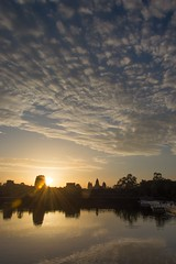 Sunrise at Angkor Wat (Dominik Wesche) Tags: asia asein kambodscha cambodia angkor angkorwat