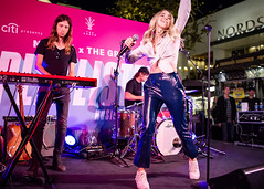 Katelyn Tarver 10/11/2018 #27 (jus10h) Tags: katelyntarver playlisted thegrove losangeles la nylon mag magazine citi privatepass caruso rewards shopping center live music free concert event performance park courtyard female singer young beautiful sexy talented artist nikon d610 2018 october thursday justinhiguchi