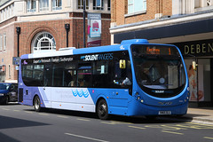 SN65 OLG, Osborne Road, Portsmouth, May 10th 2018 (Southsea_Matt) Tags: sn65olg 63303 route1 firsthampshire solentrangers wright streetlite osborneroad portsmouth hampshire england unitedkingdom canon 80d sigma 1850mm may 2018 spring bus omnibus vehicle passengertravel publictransport