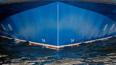 """Bug der MS """"River Star"""" (alterahorn) Tags: riverstar raddampfer ausflugsschiff reedereiposchke paddlesteamer bateauàaubes prerowerstrom zingst fischlanddarszingst mecklenburgvorpommern bartherbodden blau blue bleu maritim canoneos40d sigma105mmf14 sigmaart dxo sigma105mm"""
