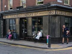 2018 08 31 - Vintage shop a (LesHutchinson) Tags: spitalfields london gunstreet vintage shop