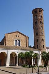 Basilica of Sant' Apollinare Nuovo (La belle dame sans souci) Tags: santapollinarenuovo ravenna italy mosaics earlychristianart italianchurches