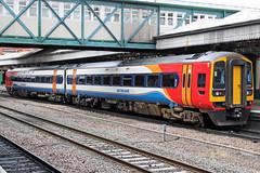 East Midlands Trains 158777 (Sam Pedley) Tags: 158777 class158 eastmidlandstrains expresssprinter emt nottinghamstation 2d07 brel brelderby britishrailengineeringlimited dieselmultipleunit dmu vehicle train railway railroad multipleunti
